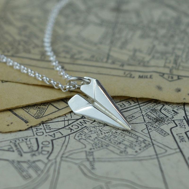 Lily charmed 纸飞机造型 925银项链